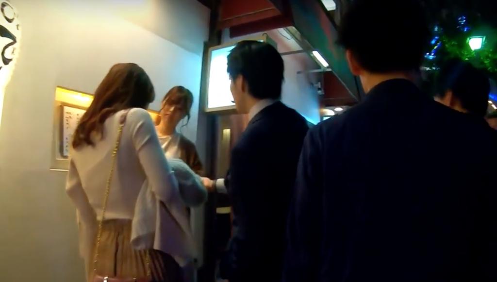 東京コリドー街でナンパされた女性